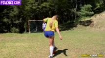 Скриншот Жопастую футболистку прут после игры