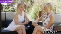 Скриншот Жопастые блондиночки отрываются с негром