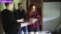 Скриншот Рыжую шлюху отодрали в заброшенном доме